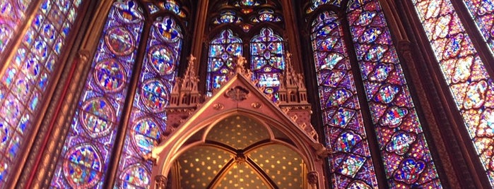 Sainte-Chapelle is one of Paris.