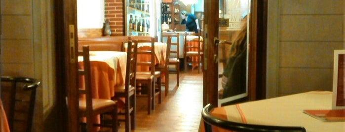 Pizzeria Da Pietrino is one of Novi Ligure e il Novese: un territorio da gustare.