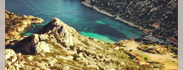 Calanque de Sormiou is one of HangOuts x Shops x Sport.