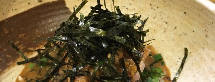 博多 魚助 is one of 大人が行きたいうまい店2 福岡.