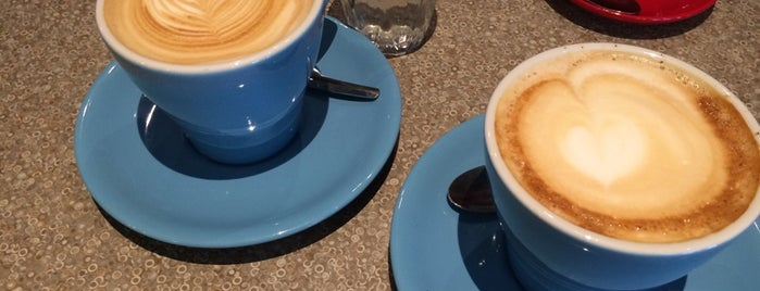 Café Délice is one of No town like O-Town: Indie Coffee Shops.