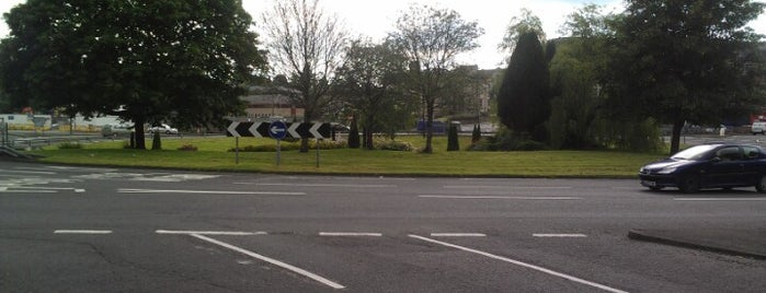 Craigs Roundabout is one of Named Roundabouts in Central Scotland.
