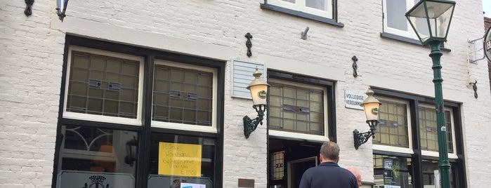 Het Wapen van Warmond is one of Keep Leiden Weird.