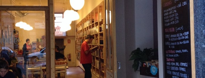 Babèlia Books & Coffee is one of In&Out Barcelona venues.