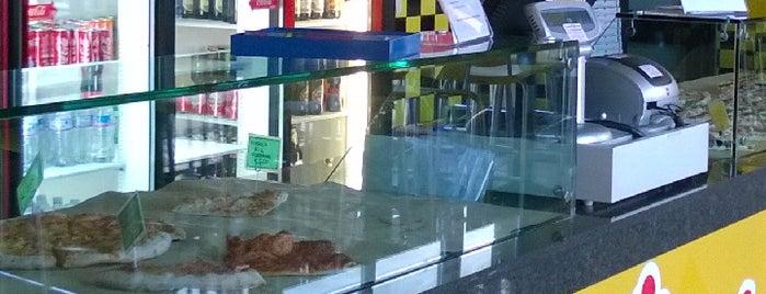 Small Pizza is one of ristorazione.