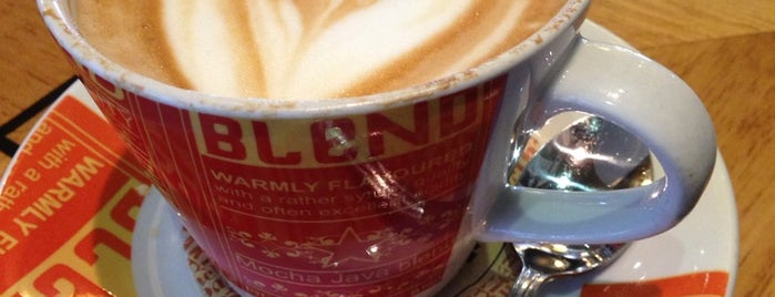 Mugg & Bean is one of Perfect 10 Sunninghill.