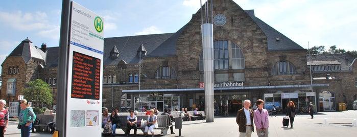 Aachen Hauptbahnhof is one of Bahnhöfe im AVV.