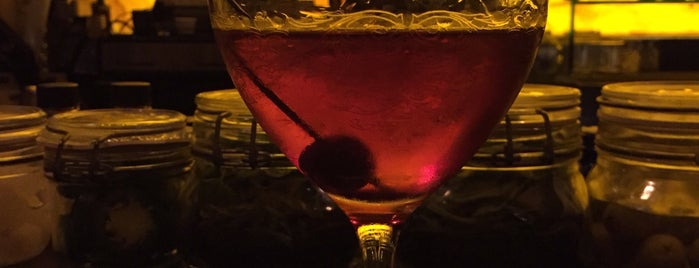 Olio Crudo Bar is one of Eating my way through SB.