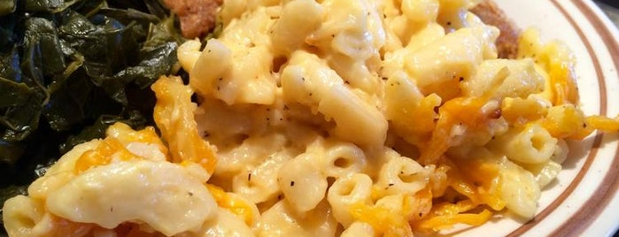 MacArthur's Restaurant is one of Where to Find Chicago's Best Mac and Cheese.