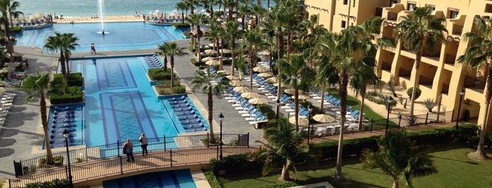 Riu Santa Fe is one of Hoteles en que he estado.
