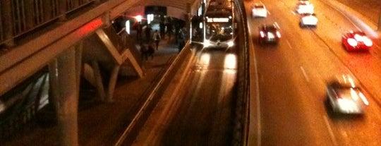 Haramidere Sanayi Metrobüs Durağı is one of Metrobüs Durakları.