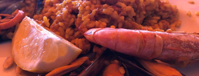 El Navegante is one of comer.