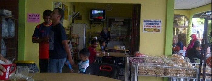 Kedai Makan Batu Melintang Luar is one of @Jeli, Kelantan.
