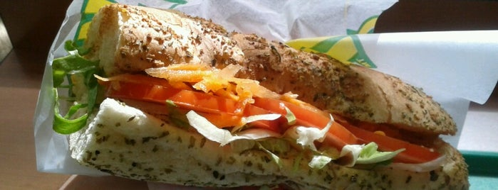 Subway is one of Lugares que visité.