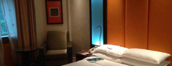 Orchard Hotel Singapore is one of Ong's List.