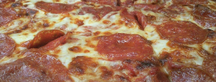 Little Caesars is one of HMO-Lunch.