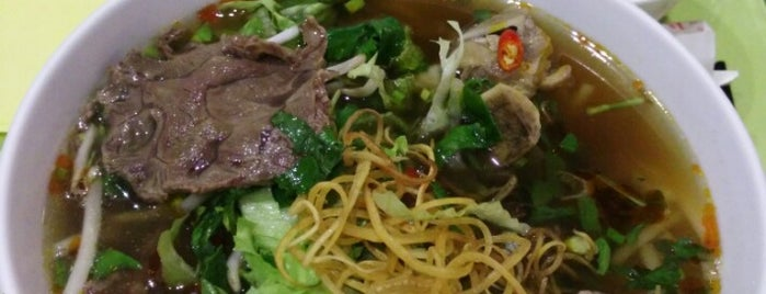 Piment d'Or is one of Best vietnamese restaurants in Paris.