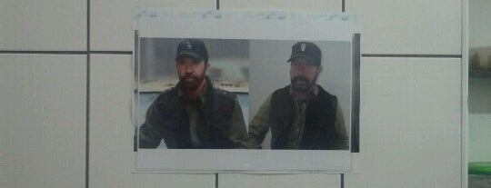 Lanches Hípica (Chuck Norris) is one of No Visa, vale?.
