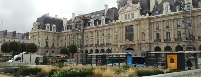 Place de la République is one of The best after-work drink spots in RENNES.