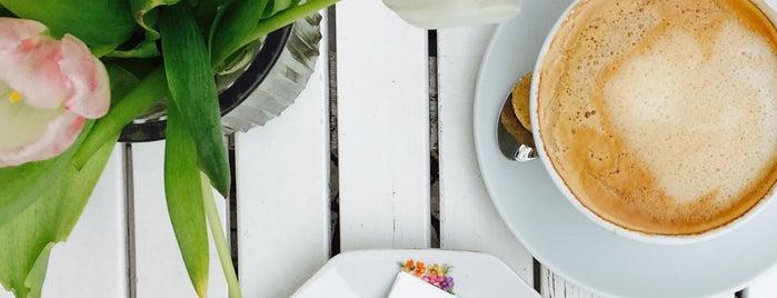 Café con amore is one of Berlin Best: Cafes, breakfast, brunch.