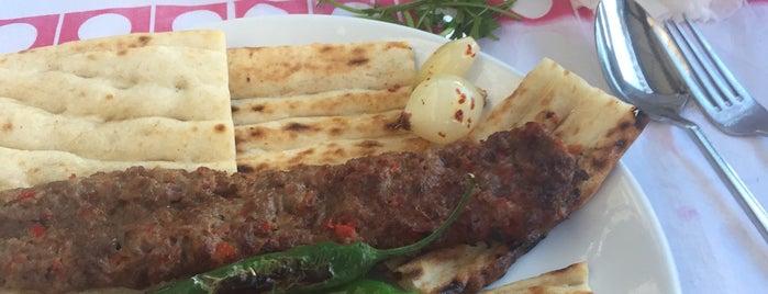 Şef Hadırlı Ocakbaşı & Meze Evi is one of Adana Gece Hayatı Turgut Özal Mado Yakını.