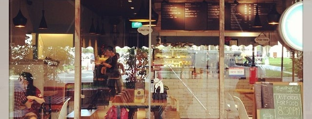To-gather Cafe is one of To Check Out - Chillax.