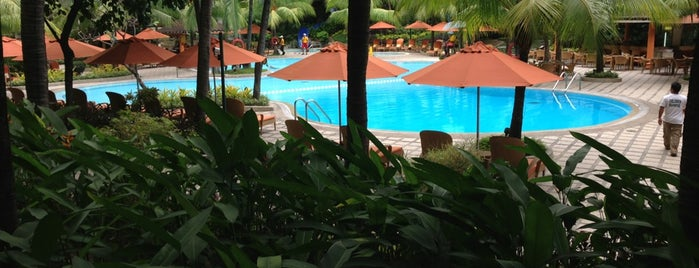 Edsa Shangri-La is one of Hotels.
