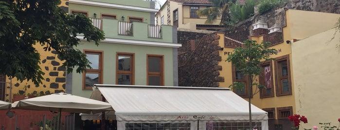 Cafeteria Arte Cafe is one of Tenerife: zumerias y cafeterias..