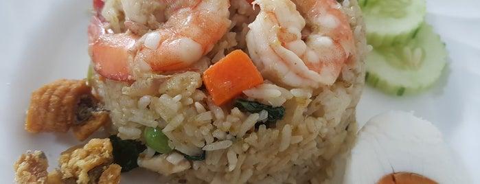 ครัวต้นหอม is one of Bangkok Gastronomy.