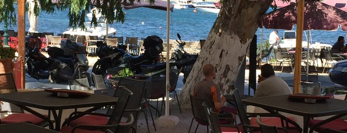 Passaggio Restaurant is one of Serifos to do list.