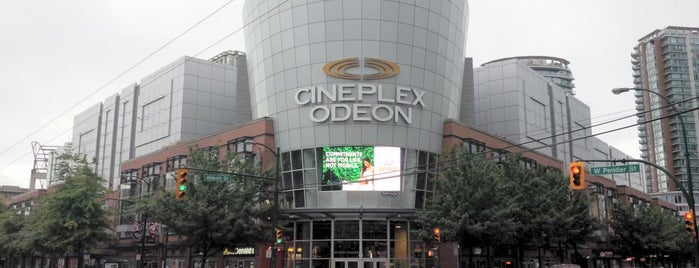 Cineplex Odeon International Village is one of Vancouver/ Canadá.
