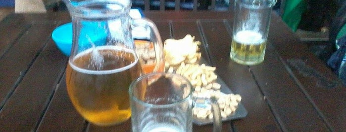 Crónico Bar is one of Lugares que visité.