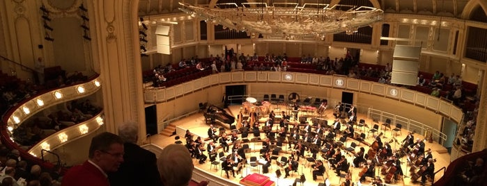 Chicago Symphony Orchestra is one of Chicago.