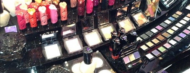 Anna Sui is one of New York.