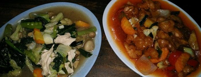 Kheray Indah Chinesse Food is one of Kuliner Jogja.