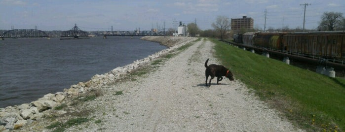 Mississippi River Bike Path- Rock Island is one of Nearby.