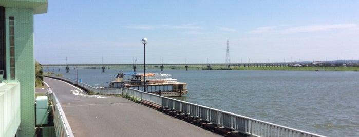 JR鹿島線 常陸利根川橋梁 is one of 千葉県と隣県を繋ぐ鉄道橋.