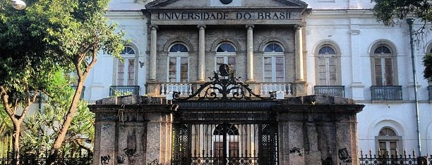 Universidade Federal do Rio de Janeiro (UFRJ) is one of Empresas e Estabelecimentos de Botafogo RJ.