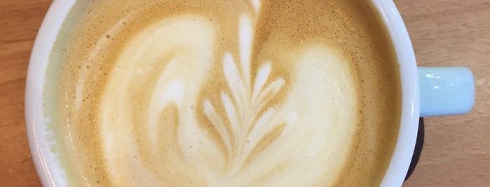 Um Coffee Co. is one of Café & Boulangerie.