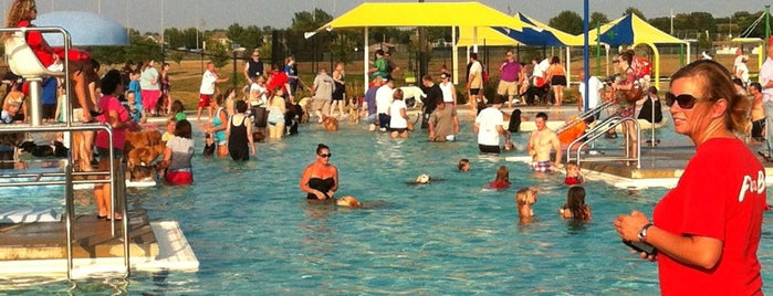 Prairie Ridge Aquatic Center is one of Favorite Arts & Entertainment.