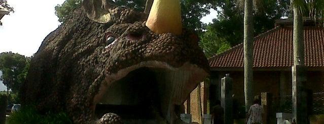Taman Kyai Langgeng is one of Wisata Jateng DIY.