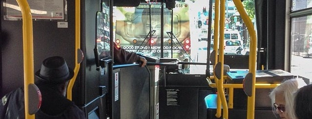 27 Bryant Inbound Bus Stop is one of moonee.
