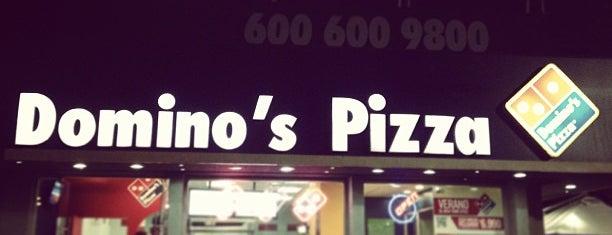 Domino's Pizza is one of Restorantes.