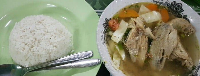 "Warung Makan ""TUGU MUDA"" is one of Top 10 restaurants when money is no object."