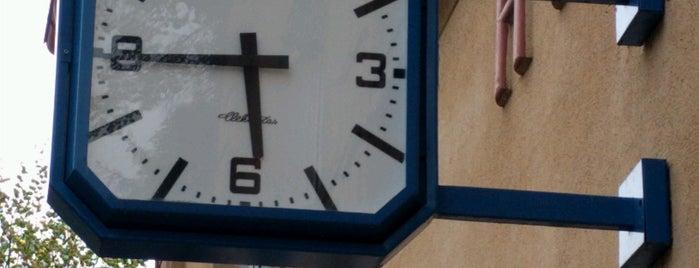 Železniční stanice Hýskov is one of Železniční stanice ČR: H (3/14).
