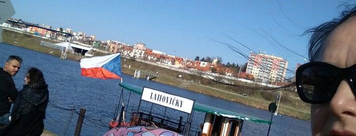 Přívoz P6 • Lahovičky – Nádraží Modřany is one of To visit list.
