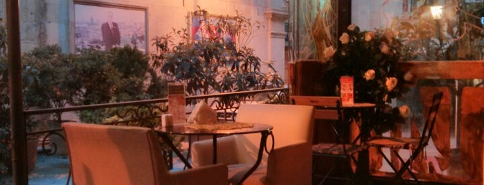 Le Café is one of Restaurants in Baku (my suggestions).