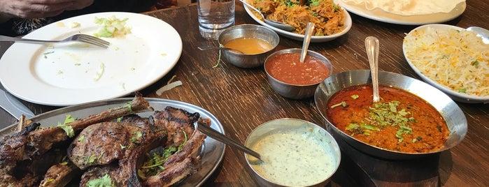 Lahore Restaurant is one of Foodies.