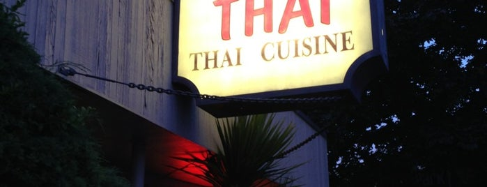Tup Tim Thai is one of Seattle cheap but good food.