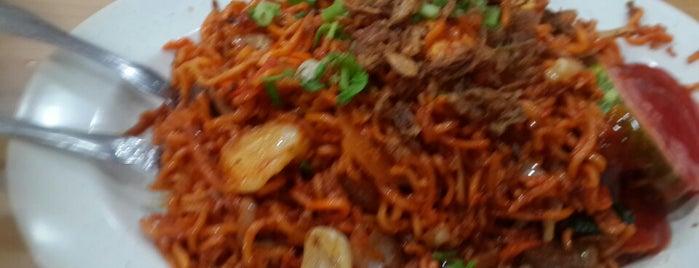 芽龙 30巷 Fish Noodles is one of Singapore.